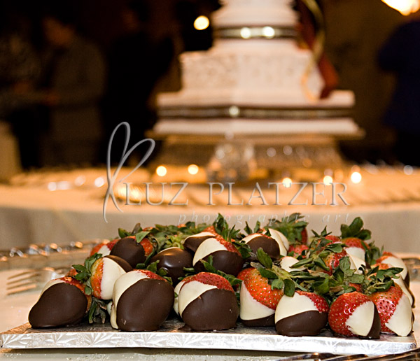 A different version of a groom\'s cake!