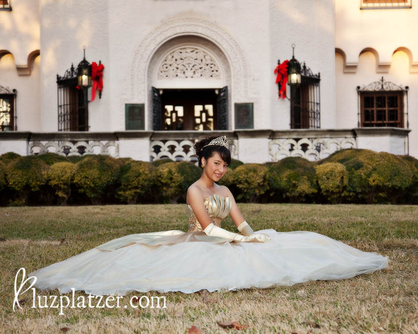 Quinceanera portraits at the McNay in San Antonio Texas